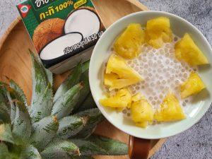 פודינג טפיוקה בחלב קוקוס עם פירות